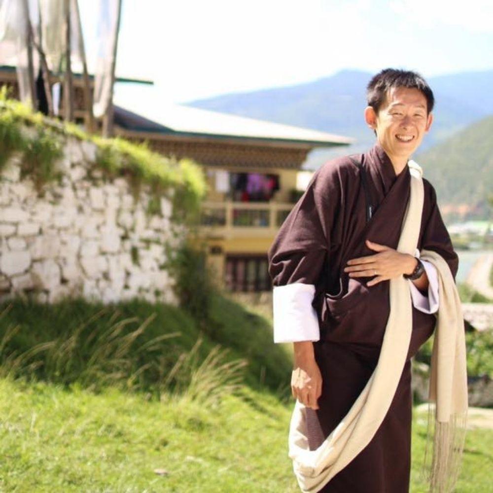 ブータンの民族衣装「ゴ」 普段着きものもたはん